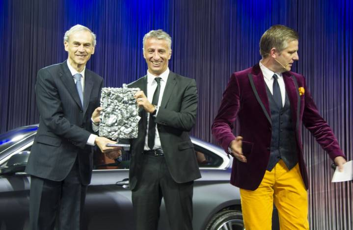 5226_910Philippe_Dehennin_-_CEO_BMW_Schweiz_mit_Olivier_Rihs_-_CEO_Scout24_und_Moderator_Rainer_Maria_Salzgeber.jpg