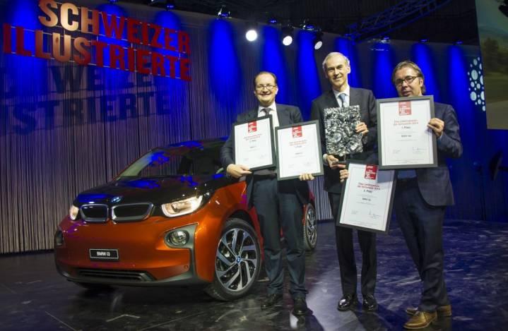 5231_945Mark_Backé_-_Leiter_Marketing_BMW_Schweiz_mit_Philippe_Dehennin_-_CEO_BMW_Schweiz_und_Oliver_Peter_-_Leiter_Kommunikation_BMW_Schweiz.jpg