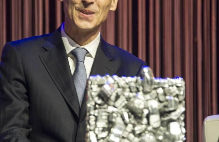 5232_950Philippe_Dehennin_-_CEO_BMW_Schweiz.jpg