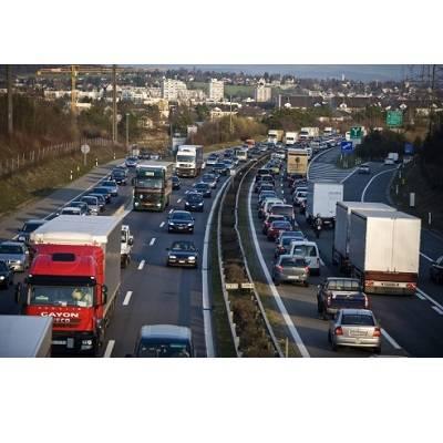 Rechts vorbeifahren auf der Autobahn – wann erlaubt?