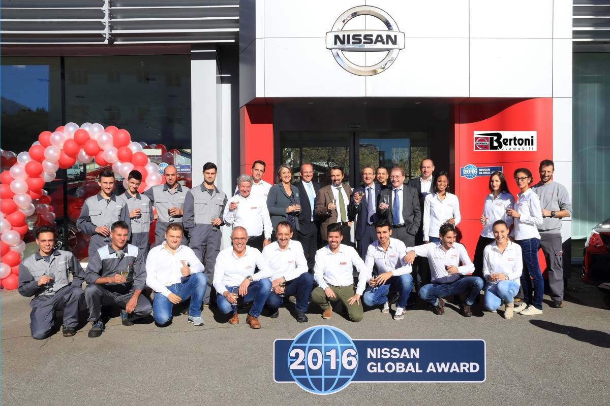 Nissan Global Award 2016 für Bertoni Automobili SA in Ascona
