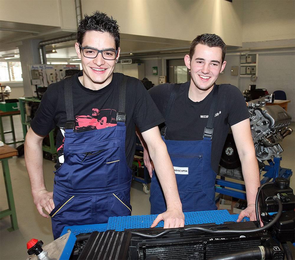Riet Bulfoni kann Weltmeister der Automobil-Mechatroniker werden