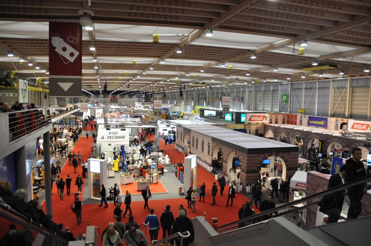 SAA im Zeichen der SAA Expo und der Halle 7 am Automobil-Salon Genf