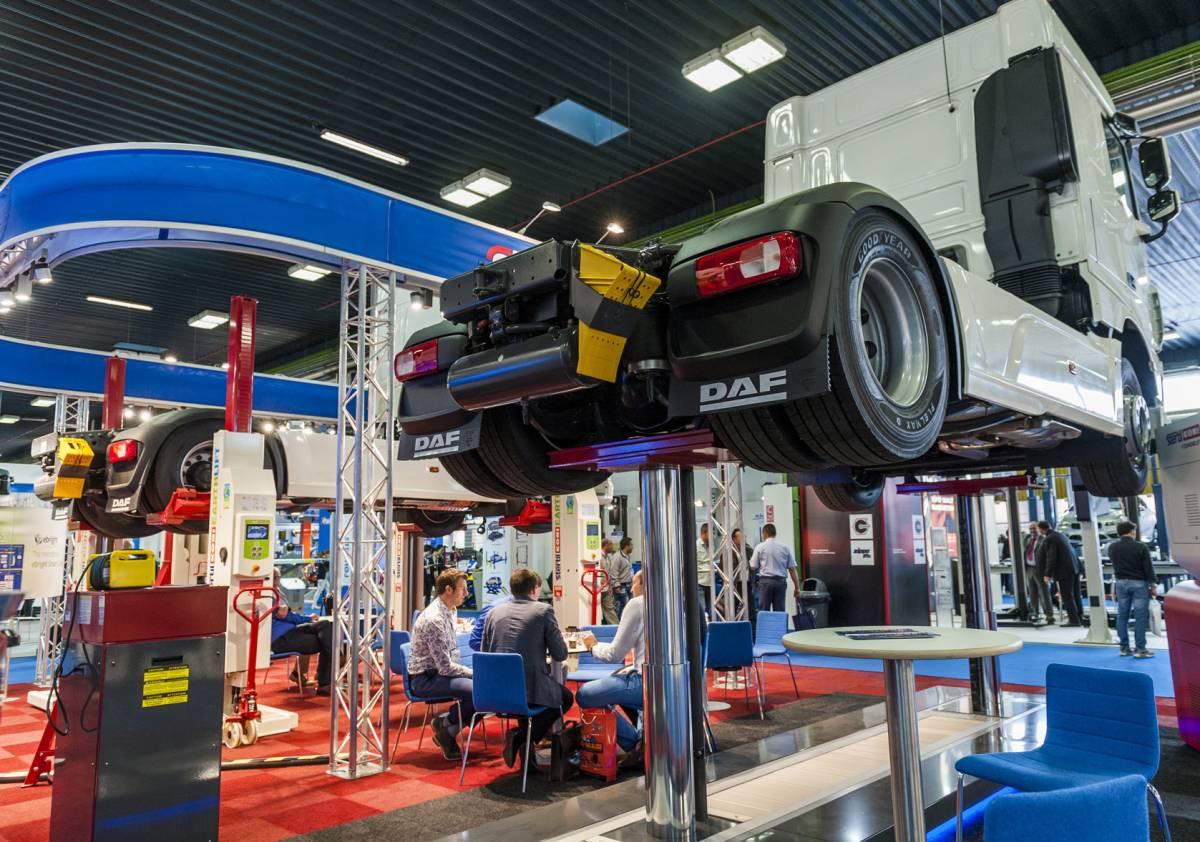 Autopromotec: Nutzfahrzeug-Werkstatt im Fokus