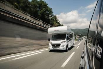 Sicher unterwegs im Wohnmobil: Crash-Test zeigt Gefahren auf