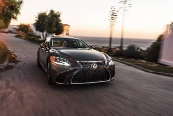Lexus bietet neu Probefahren vor der Haustür