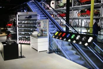 AMAG und Glasurit in der neuen Halle «Strassenverkehr» präsent